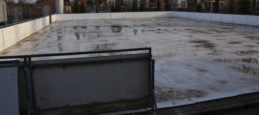 W przyszłym roku, jeśli COVID-19 pozwoli, na ostródzkim lodowisku będzie można jeździć pod dachem