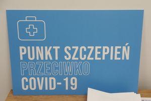 Ruszyły szczepienia przeciwko COVID-19