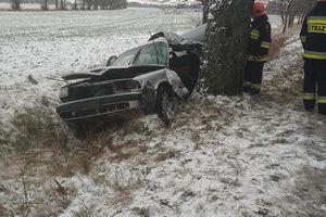 Dwa zdarzenia na drodze, jedna osoba w szpitalu