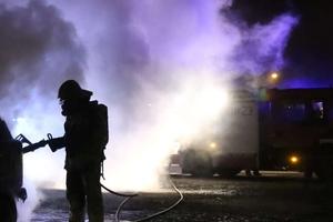 Pożar osobowego suzuki, volvo też jest uszkodzone