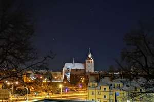 Zdjęcie Tygodnia nr 203. Bartoszyce zimową nocą