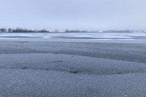 Kulig i jazda samochodem po lodzie w świetle przepisów