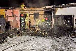 Pożar w Kociołku Szlacheckim. Sprawna akcja strażaków.  [ZDJĘCIA]