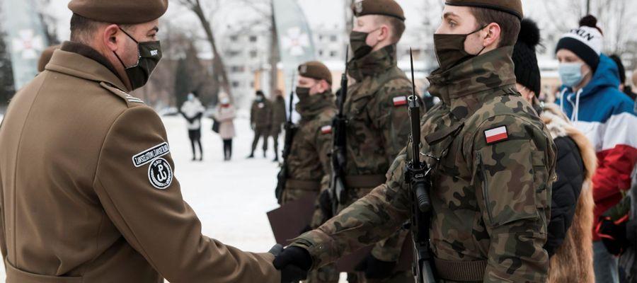 W weekend blisko 300 ochotników wypowiedziało słowa przysięgi wojskowe