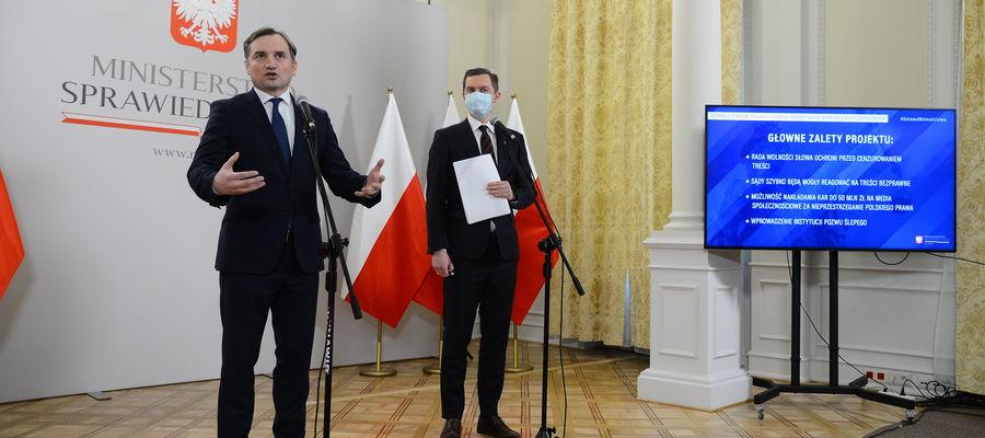 Zbigniew Ziobro zaprezentował zapisy ustawy o ochronie wolności słowa w internecie