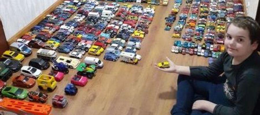 Konrad z Tylic i jego kolekcja samochodzików