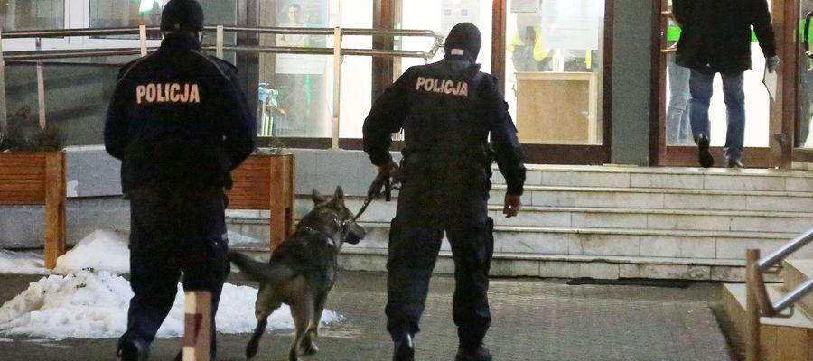 Policja zatrzymała mężczyznę podejrzewanego o napad na kantor w Olsztynie