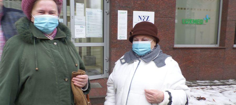 Maria Sobieska (z lewej) i Ałła Radziemska, tak jak wielu innych olsztynian, zostały odprawione z przychodni z kwitkiem