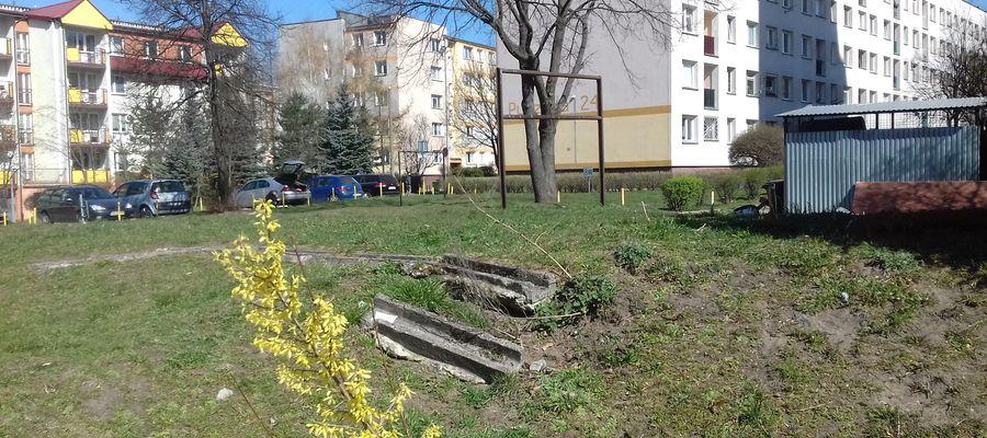 Z takich trzepaków, ten za blokami na Jagiellońskiej, się w dzieciństwie spadało!