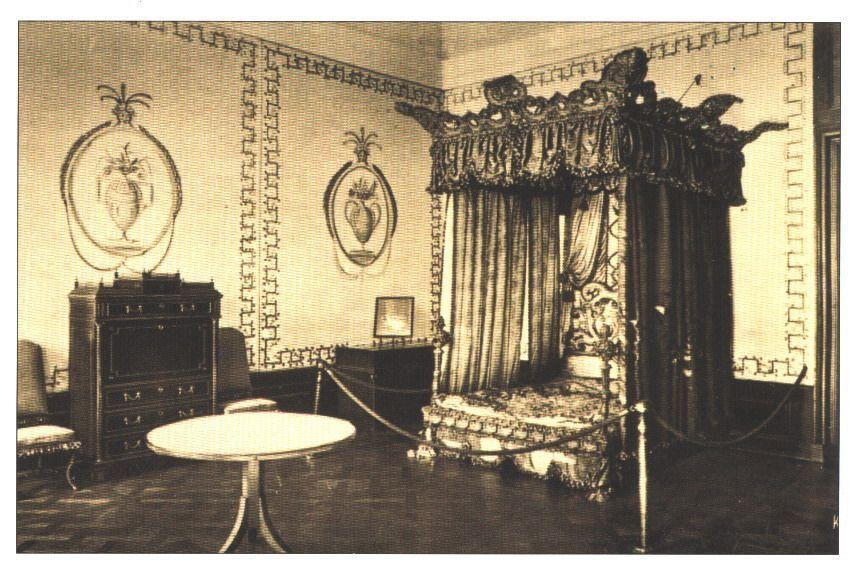 Pałac w Kamieńcu, sypialnia Napoleona.