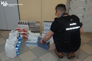 Papierosy i spirytus skonfiskowane