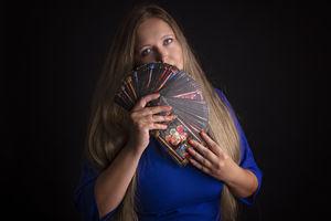 Joanna Czerny: Współczesna wróżka nie ma czarnego kota [ROZMOWA]