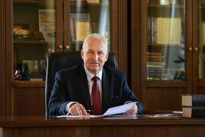 Marszałek apeluje o wsparcie gospodarki i dodatkowe szczepionki