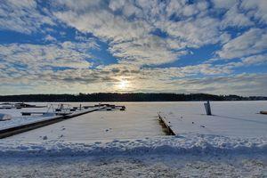 Kurier za zdjęcie: Jezioro Mikołajskie