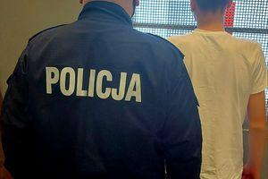 19-letni oszust podejmował pieniądze z bankomatu Blikiem