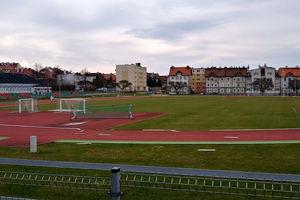 Stadion lekkoatletyczny i miejskie orliki znowu zamknięte