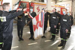 Święto u strażaków: przysięga i nominacje [ZDJĘCIA]