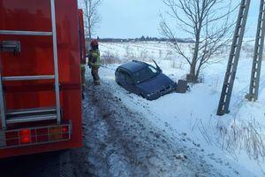 Zasłabł za kierownicą i zderzył się ze skodą.