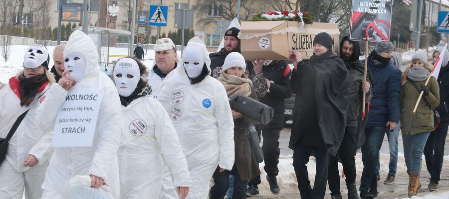 """Protest """"Marsz o wolność"""" w Olsztynie, 21-02-2021"""