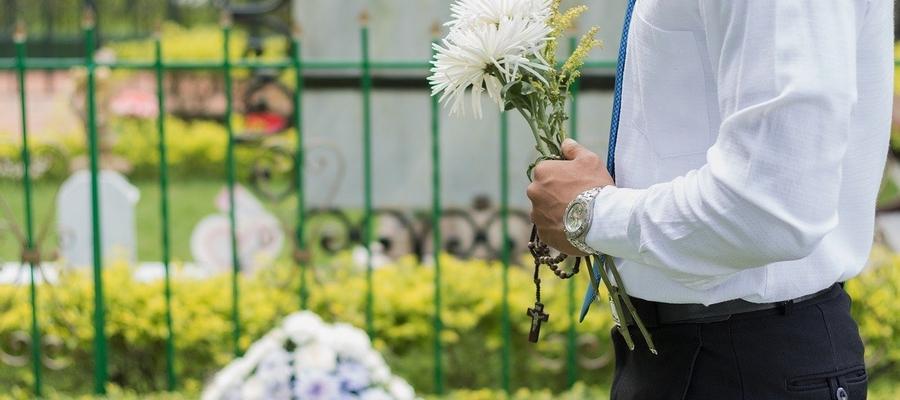 Dziś tylko trzy kraje w Europie nakazują pochówki prochów na cmentarzu: Białoruś, Niemcy i Polska