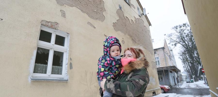Diana Rybarczuk: Lokal został odebrany przez fachowców. Nie było żadnych uwag. W tej chwili w mieszkaniu trudno jest żyć.