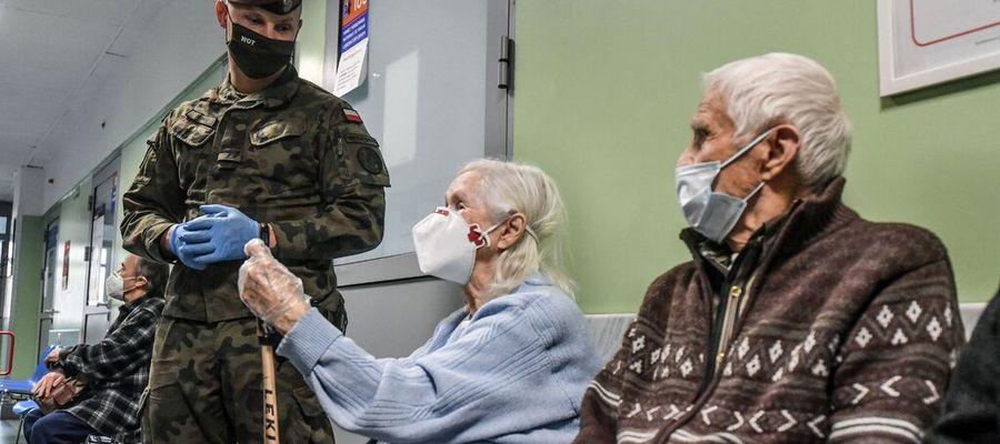 Terytorialsi podczas akcji szczepienia kombatantów