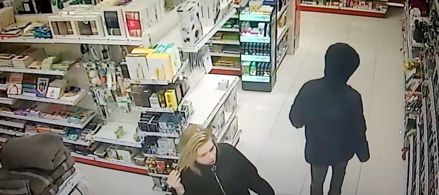 Kadr z nagrania KMP w Olsztynie.