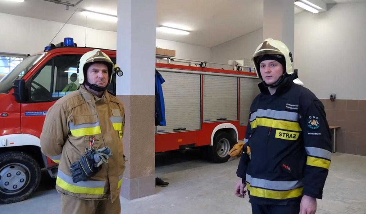 Kadr z filmu o OSP Wojciechy, przygotowanego w ramach międzynarodowej wymiany strażaków Erasmus +