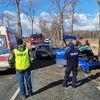 Zderzenie trzech samochodów. Jedna osoba została przetransportowana śmigłowcem do szpitala