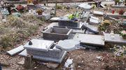 Olsztyn w szoku! Kilkadziesiąt grobów dziecięcych zdewastowanych