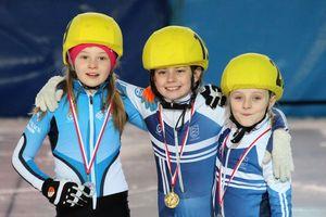 Łyżwiarze z medalami: 2 złote, 4 srebrne, 4 brązowe