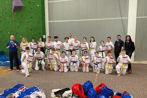 Bartoszyccy karatecy wywalczyli 11 medali na zawodach w Giżycku