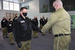 80 funkcjonariuszy zakończyło szkolenie w szkole chorążych [GALERIA]