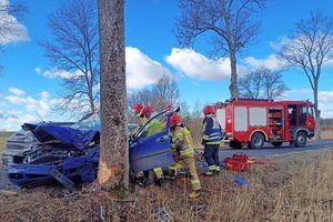 Wypadek w Redach. Kierowca w ciężkim stanie
