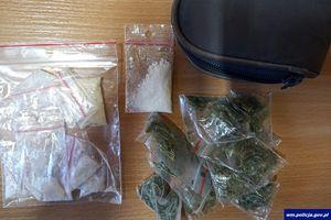 Dwóch mężczyzn i kobieta zatrzymani z narkotykami
