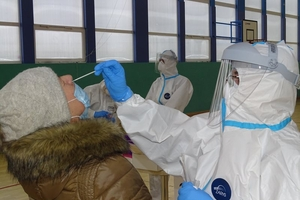 Pomagają przy pandemii już prawie pełen rok