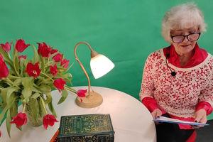 Seniorzy czytają poezje. Premiera online 26 marca