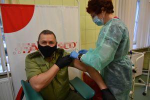 Większość funkcjonariuszy W-MOSG chce być zaszczepiona [VIDEO]