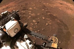 Tłoczno w wyścigu na Marsa