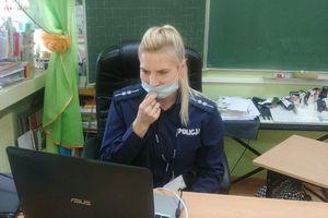 Lekcje o bezpieczeństwie czyli spotkania online z gołdapską policjantką