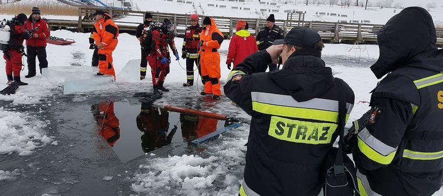 Policja radzi. Nie wchodź na lód