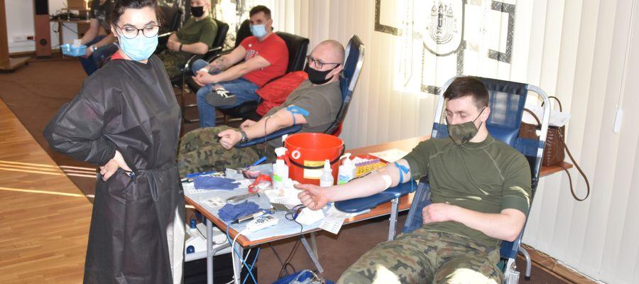 W piątek w 20 BBZ oddano prawie 8 litrów krwi