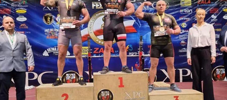 Artur Wiśniewski na trzecim stopniu podium
