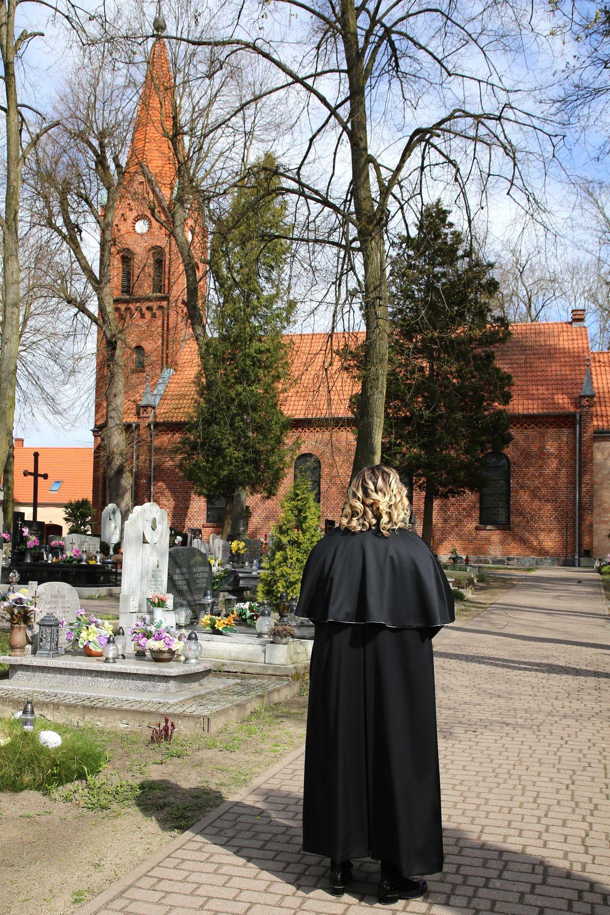Beata prowadzi świeckie ceremonie pogrzebowe od października, ale od lat pomaga osobom pogrążonym w żałobie