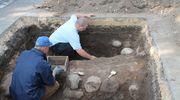 Wspominamy badania archeologiczne na cmentarzu w Mławie