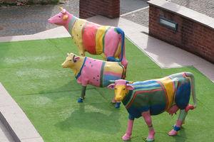 Kolorowe krowy wróciły do olsztyńskiego amfiteatru