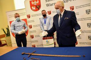 Nagi miecz grunwaldzki pod Olsztynem