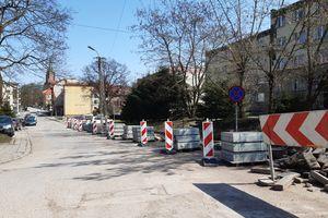 Będą nowe chodniki i miejsca postojowe