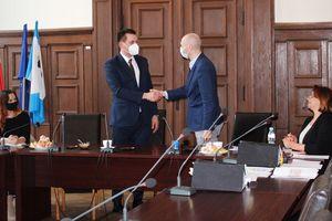 Umowa na halę sportową w Szestnie podpisana