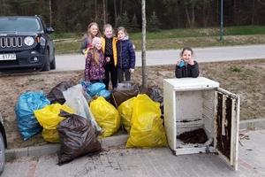 Wzięli worki, rękawiczki i poszli sprzątać Olsztyn